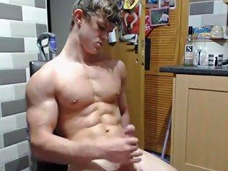 Hung Bodybuilder Nathan Green Flex And Jerk