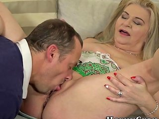 Mature Cougar Gets Licked And Fucked Porn Videos
