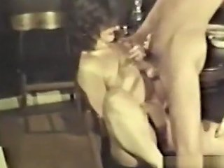 Peepshow Loops 376 1970's Scene 3 Tubepornclassic Com