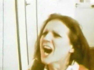 Ingratiatingly Hot Fucking From 1971 Tubepornclassic Com
