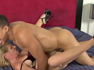 Cheated Mature Wife Peaches Gets Interracial Revenge