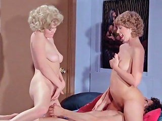 Retro Vintage Threesome And Shagging With Cumshots